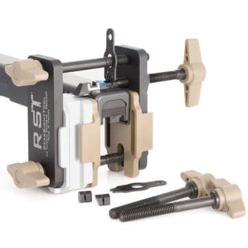 AC-VE-0001 - Système universel permettant de régler les organes de visée sur les armes de poing. | site de l'armurerie TPC